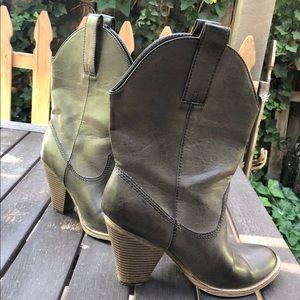 c7362751dd5 Women Vegan Cowboy Boots on Poshmark